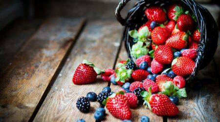 Как хранить клубнику и другие ягоды