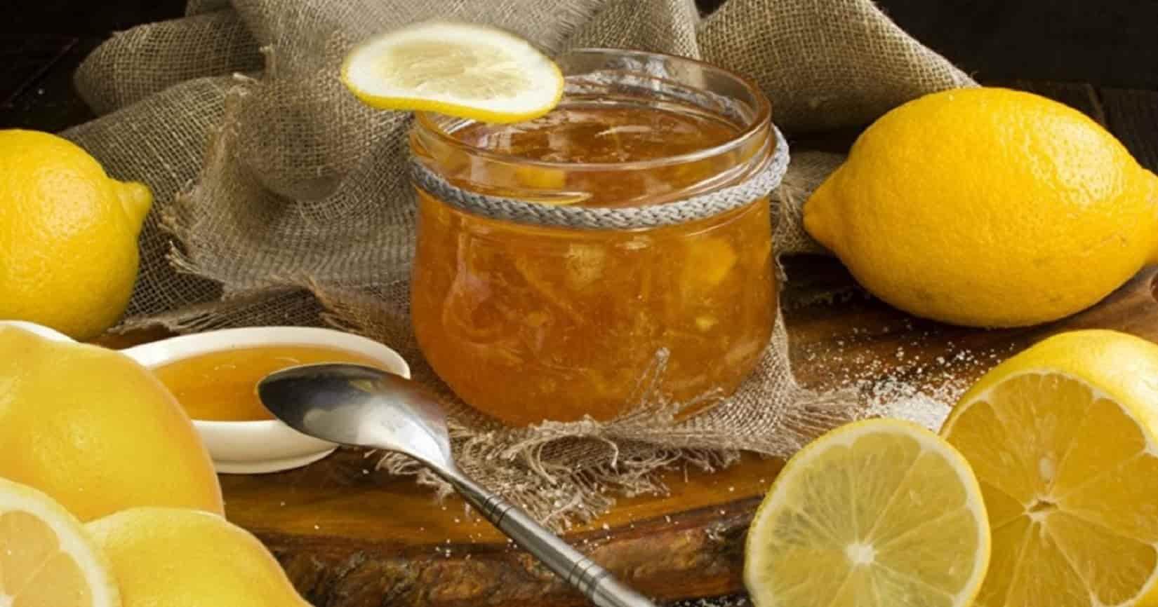 Ложка и лимонный сок