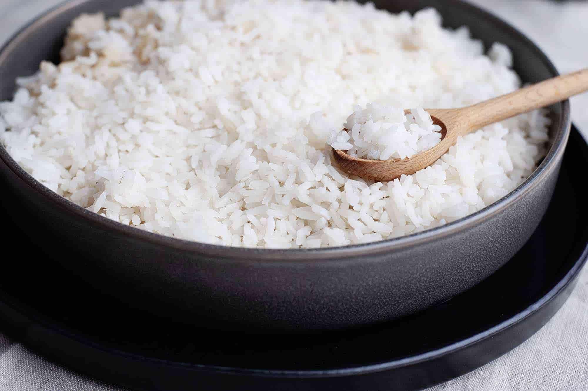 Солить рис