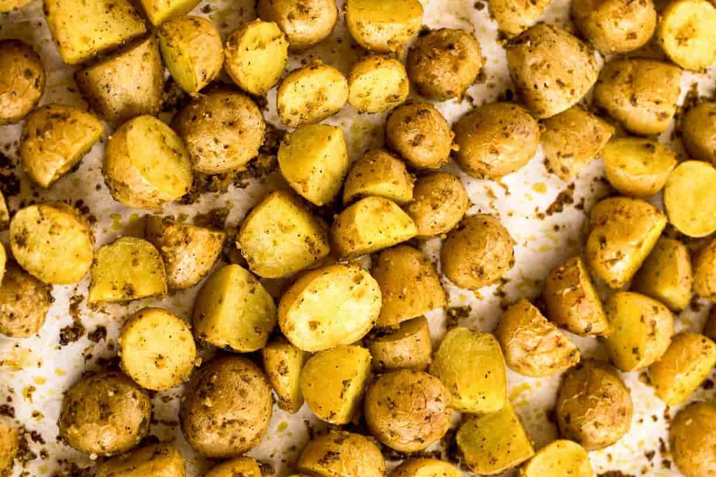 Приготовить картошку в духовке