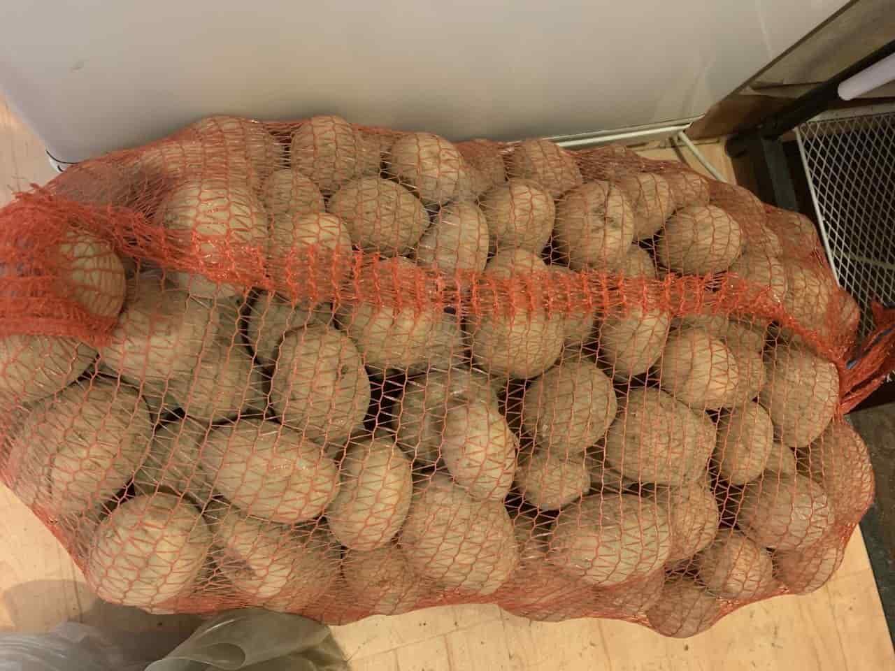 Сколько в мешке кг картошки