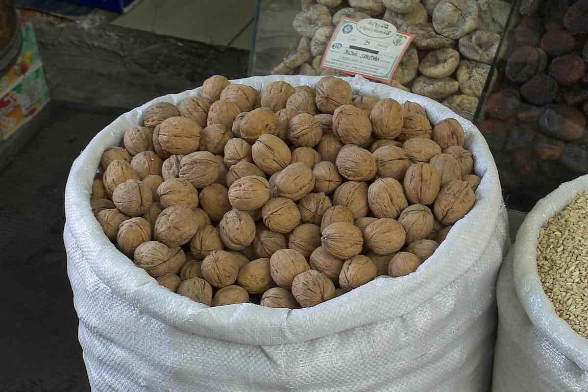 Сколько кг в мешке орехов