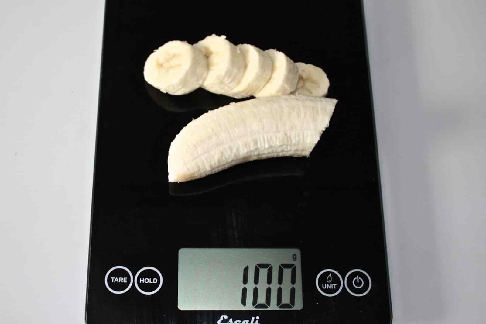 100 грамм банана