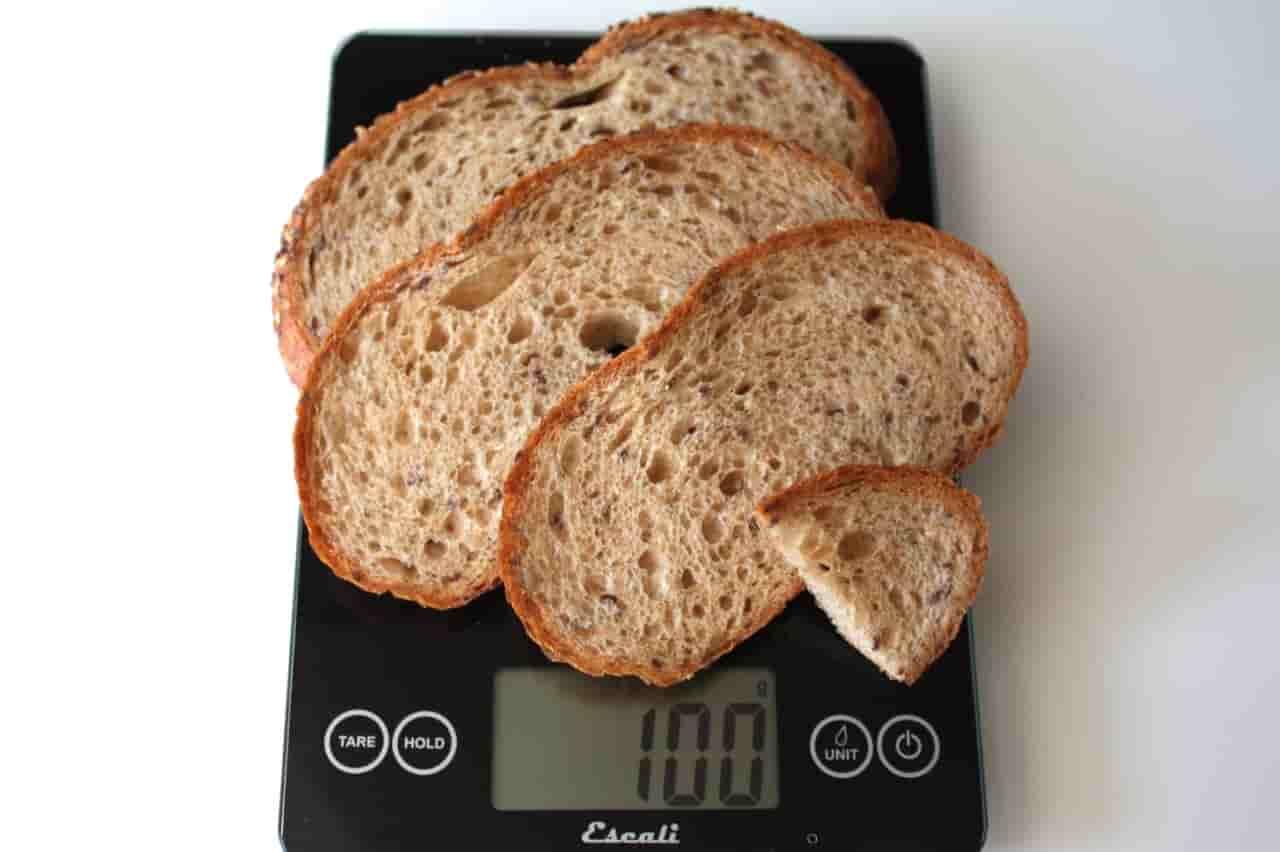 100 грамм хлеба (Вес продуктов)