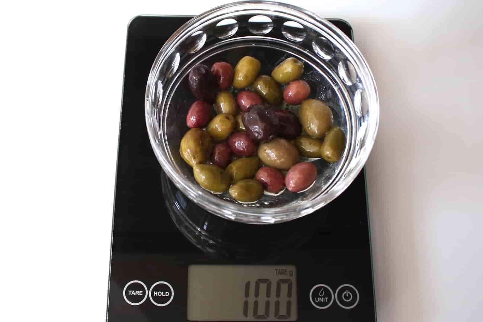 100 грамм оливок (Вес продуктов)
