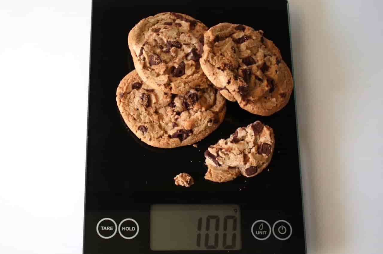 100 грамм печенья