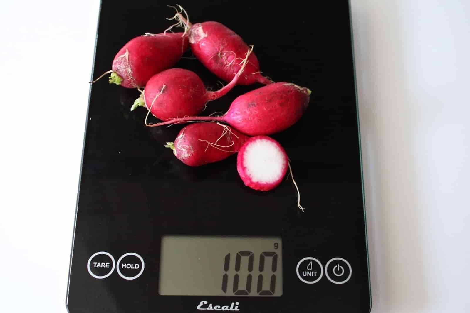 100 грамм редиски (Вес продуктов)