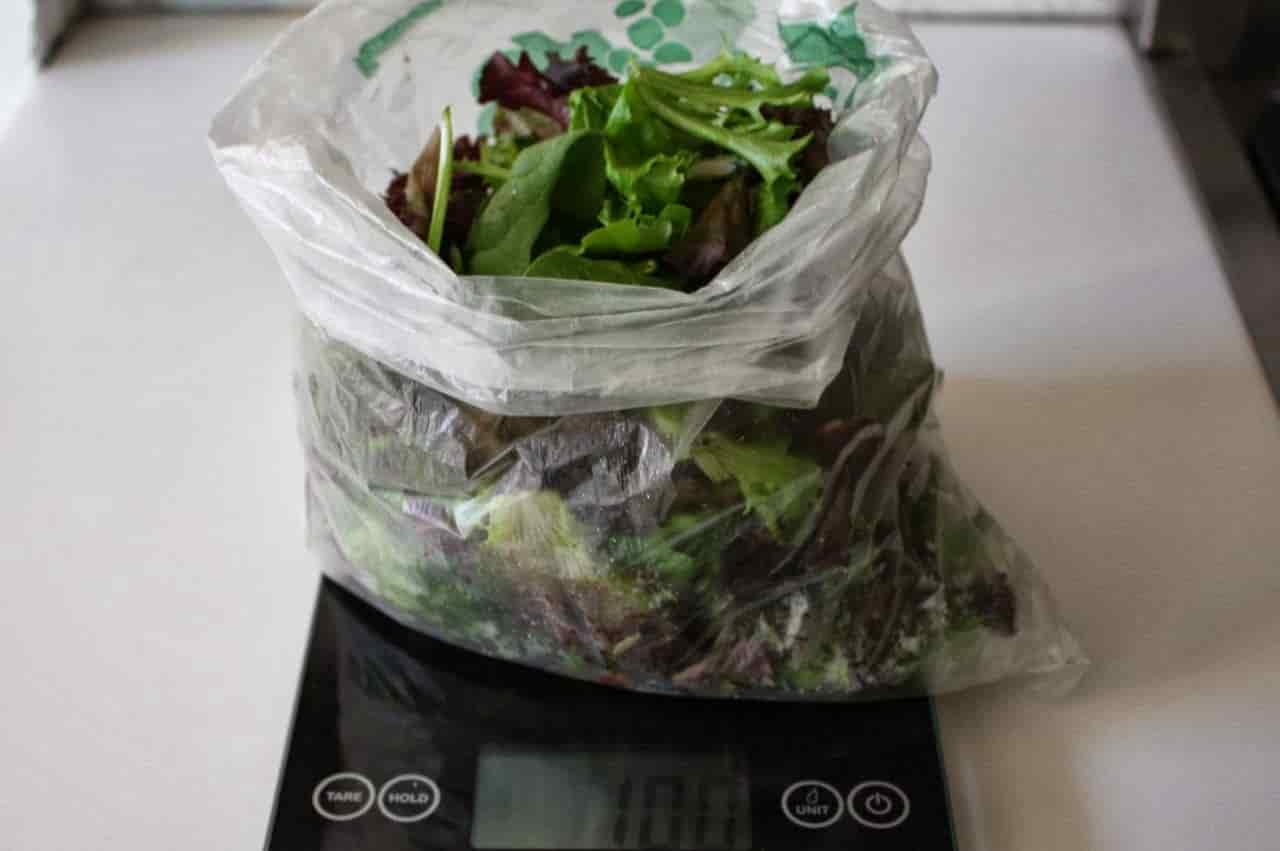 100 грамм смеси для салата (Вес продуктов)