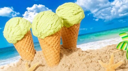 Стаканчик мороженого