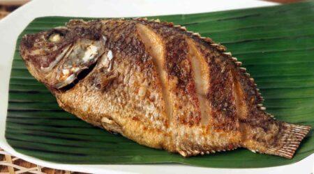 Сколько по времени жарить рыбу в муке